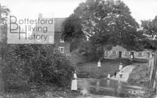Old postcard showing children at Devon Lane ford and cottages at The Green, Bottesford, c.1900 | Bottesford Community Heritage Project archive