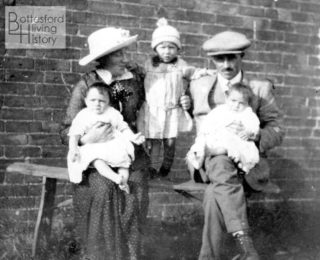 Jane and Harold Brewster and three of their children | From the family archive of the late Mrs Dorothy Beedham