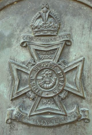 The cap badge of the First Surrey Rifles, on the War Memorial at St Giles, Camberwell. | By Rickfive - Own work, CC BY-SA 4.0, https://commons.wikimedia.org/w/index.php?curid=36203492