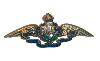 Royal Flying Corps badge, WW1. | Wikipedia Creative Commons