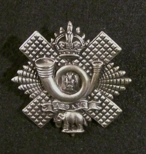 Highland Light Infantry cap badge, WW1 | By BuzzWeiser196 - Own work, CC BY-SA 4.0, https://commons.wikimedia.org/w/index.php?curid=37187377