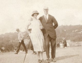Nellie and Ernie Pinfold early 1920s | Bill Pinfold Collection