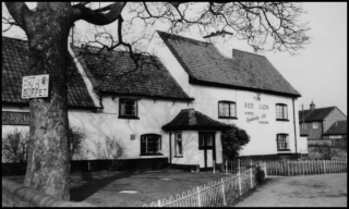 The Red Lion, c.1980 | Photo taken by Dr Michael Honeybone, Bottesford Local History Archive