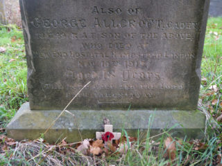 Detail of the lower part of the Allcroft gravestone, marking the burial of George Allcroft with his parents. | Neil Fortey 2018