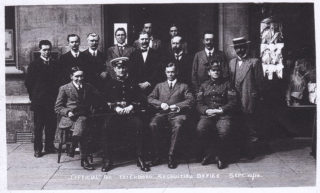 At Peterborough Recruiting Office, 10th September 1914. | From the collection of Mr G.M. Brassington.