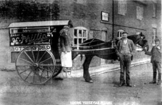 H. Phillips' Bakery Cart. | Bottesford Local History Archive