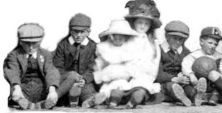 Bottesford children, c.1911 | Bottesford Local History Archive