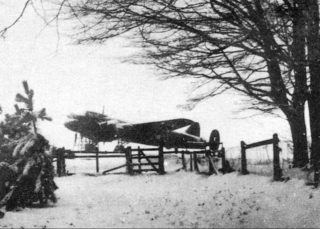 An Avro Manchester bomber in the open at RAF Bottesford during snowy winter conditions. | Bottesford Local History Archive