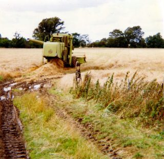 Mechanised farming, post-WW2. | Bottesford Local History Archive