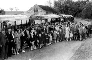 Villagers at the Wheatsheaf, Muston, joining a coach excursion to Skegness, 1947. | Bottesford Local History Archive