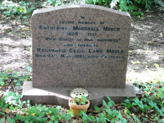 Headstone in St. Mary's churchyard, Bottesford, for Katherine Marshall Mould and Reginald Cecil Lane Mould..
