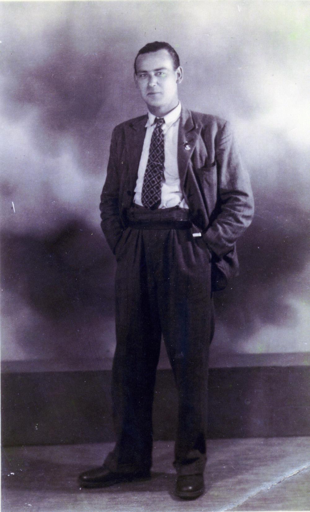 Sidney Damms, in 1937