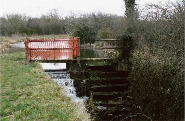 The lock gate giving access to the old lock house 2