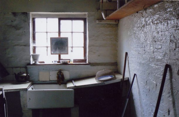 Interior of the kitchen at the Lock House 16