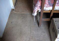 The lime-ash concrete bedroom floor
