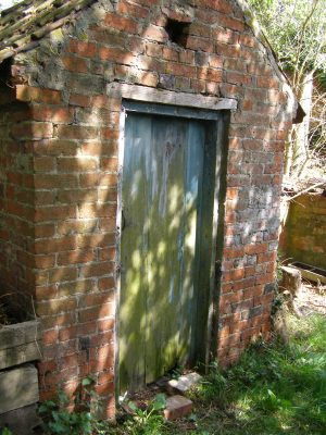 The outside 'privvy' toilet | Neil Fortey