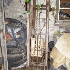 Wheels, tyres, an old sack-trolley. BOT196/092 | Neil Fortey
