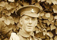 Pte Henry Box, Kings Own Yorkshire Light Infantry, c.1915